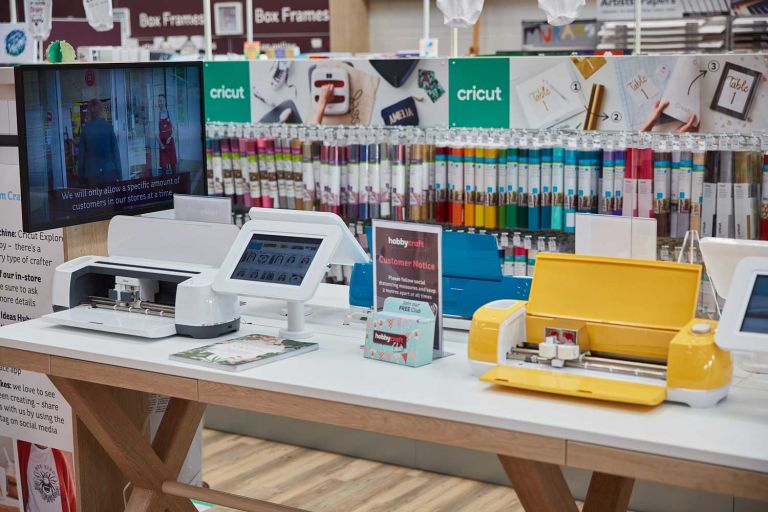 Taunton PR photography for Hobbycraft shop opening 4
